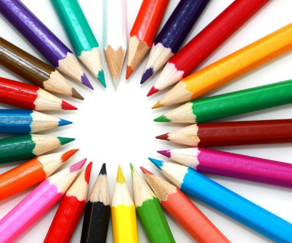 Photo de crayons de couleur scola corsa