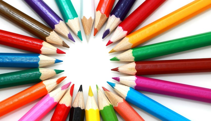 Photo de crayons de couleurs scola corsa